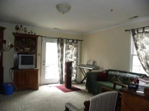Love Kenner Living Room